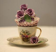 tea & cupcake