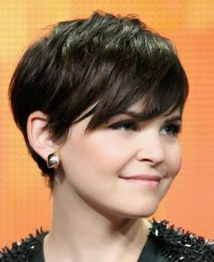 short haircuts for straight hair oval face