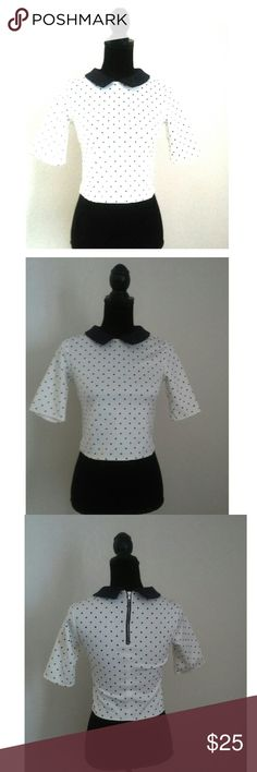 🎓Zara Collared White and Black Polka Dot Crop Top Sexy but classy with a new twist. Collared Crop Top in white and black polka dot pattern.  Zara  Size USA S 92 % Polyester 8% Elastane Zara Tops