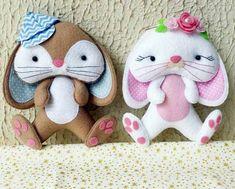 Moldes de lindos conejos en fieltro Felt Doll Patterns, Stuffed Toys Patterns, Softie Pattern, Felt Quiet Books, Felt Decorations, Love Craft, Felt Toys, Felt Ornaments, Felt Art