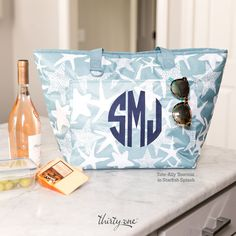 EXCLUSIVE FOR JUNE: Tote-Ally Thermal in Starfish Splash