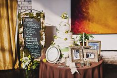 Love the picture frames around the cake