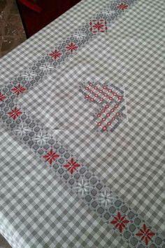 81f9f5dbde1cbce33e3900012d319edd Sashiko Embroidery, Silk Ribbon Embroidery, Cross Stitch Embroidery, Embroidery Patterns, Hand Embroidery, Chicken Scratch Patterns, Chicken Scratch Embroidery, Cross Stitch Borders, Cross Stitching