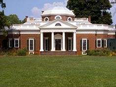 Popular Architectural Home Styles DIY Network defines the most popular home styles, explains their history and the key elements of each style.DIY Network defines the most popular home styles, explains their history and the key elements of each style. Neoclassical Architecture, Federal Architecture, Neoclassical Design, Roman Architecture, Cultural Architecture, Church Architecture, Sustainable Architecture, Residential Architecture, Amazing Architecture