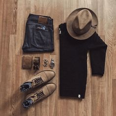 Men Outfits with Blue Ways to Style Guys Blue Jeans mens accessories - Men's style, accessories, mens fashion trends 2020 Mens Fashion Shoes, Trendy Fashion, Men's Fashion, Fashion Boots, Cheap Fashion, Milan Fashion, Fashion Ideas, Style Casual, Men Casual