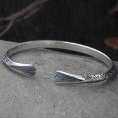 Sterling Silver Triangle Pattern Cuff Bracelet - Jewelry1000.com