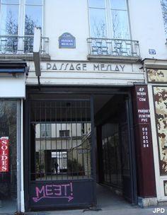 Passage Meslay entre le boulevard Saint-Martin et la rue Meslay Paris 75003. Toujours oublié car sans grand intérêt.