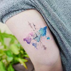 70 Compass Tattoos for Wanderlust Warriors 70 Compass Tattoos for Wanderlust Warriors – Straight Blasted Tattoos For Lovers, Tattoos For Women, Pastell Tattoo, Watercolor Compass Tattoo, Watercolor Tattoos, Watercolor Map, World Map Tattoos, Map Compass, Aquarell Tattoos