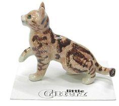 ➸ LITTLE CRITTERZ Cat Miniature Figurine Black and White Cat Kitten Chessie