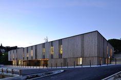 Centro Social en Aubenas,© Studio Erick Saillet