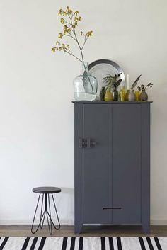 KARWEI | Met enkele gekleurde accessoires creëer je direct een andere look in je kamer #wooninspiratie #slaapkamer #karwei