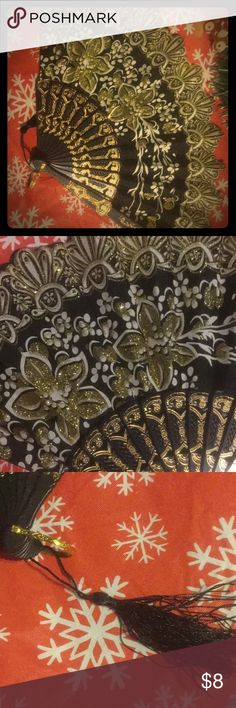 Black & Gold Sparkle Glitter Fan 🎁🎄great gift Excellent new Condition 🎁bundle to save 20% Accessories