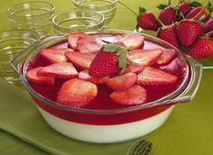 Sobremesa saborosa de morango