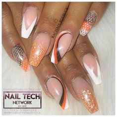Pretty In The City (@pretty_in_the_city_nails) • Instagram photos and videos Acrylic Nail Designs, Acrylic Nails, City Nails, Sculpting, Photo And Video, Videos, Pretty, Photos, Beauty
