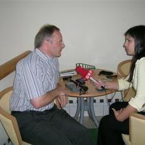 Interview Radio noe zum Thema Strahlenschutz beim Telefonieren mit einem Mobiltelefon