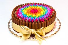 Ideas para tartas de cumpleaños fáciles decoradas con lacasitos. Multicolores, de arco iris, de números...5 tartas de cumpleaños ¡a cual más bonita!