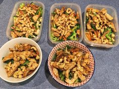 Forget takeaway try this 15 minute Chicken, Cashew and Broccoli stir fry This 15 Minute Chicken, Cashew and Broccoli Stir Fry is so easy to prepare and is a great, healthy option for lunch or dinner. Healthy Mummy Recipes, Healthy Chicken Nuggets, Pre Made Meals, Healthy Stir Fry, Curry Recipes, Chicken Recipes, Chicken Meals, Food Inspiration, Healthy Eating