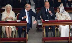 From left: Queen Paola and King Albert II  of Belgium greeting King Juan Carlos and Queen Sofia of Spain at the Vatican
