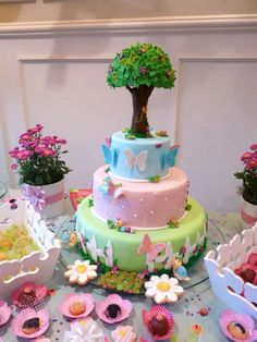 Butterfly Spring Garden Cake-I could only dream of making this for my girls!
