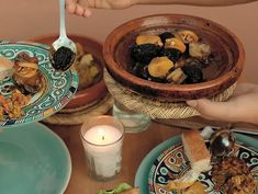 BE surprised - Have an excellent start in your Marrakech adventure. We serve to our guests a typical Marrakchi dinner or lunch on our roof top. Marrakech, Lunch, Dinner, Ethnic Recipes, Roof Top, Hospitality, Food, Adventure, Boutique