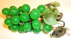 14.95 Green Glass Grape Cluster Bunch Fruit Vine Leaves Leaf Decor Pretty Color #Grapes #GlassGrapes #Cluster #Fruit #GreenGrapes #Green