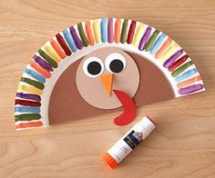 Work with your kiddo to create one of these adorable hats they can wear during Turkey Day dinner.
