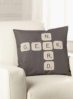 Un coussin pour jessy accessoires et accents pour - La maison simons en ligne ...