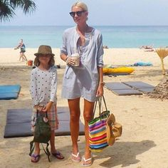 All the essentials ... Beach, coffee, #SkippingGirl tote (and gorgeous family!)  @annamavridis ☀️