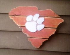 Wooden State of South Carolina with Clemson by BentwoodCustoms
