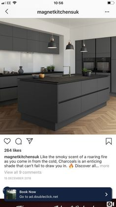 Look what I found_by Tine Black Kitchen Cabinets foundby offene Tine Closed Kitchen Design, Kitchen Room Design, Luxury Kitchen Design, Kitchen Cabinet Design, Home Decor Kitchen, Interior Design Kitchen, Kitchen Ideas, Black Kitchens, Luxury Kitchens