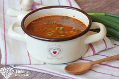 Cuketový guláš - Powered by Russian Recipes, Chili, Vegan Recipes, Food And Drink, Soup, Vegetarian, Beef, Vegetables, Cooking