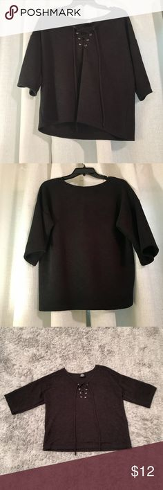 Babeau Top Size Medium, Black, Textured, Lace-up, Three-Quarter length Sleeve Bobeau top in like-new condition. Perfect staple for your fall wardrobe! 💗 Make me an offer! bobeau Tops Blouses