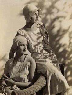 Lee Miller and Agneta Fischer, c1927