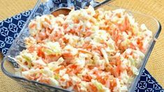 KFC Copycat Coleslaw - Oh yea! This coleslaw recipe is a spot-on KFC copycat coleslaw! If you like sweet and tangy chopped coleslaw this is definitely the recipe to use. Copycat Kfc Coleslaw, Vegan Coleslaw, Kfc Coleslaw Recipe Without Buttermilk, Law Carb, Top Secret Recipes, Summer Side Dishes, Cole Slaw, Healthy Recipes, Restaurant