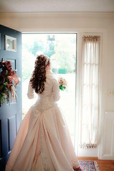 gorgeous corset wedding dress