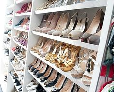 "need this in my closet.B's on Sex and City or ""In her shoes"" Dream Shoes, Crazy Shoes, Me Too Shoes, Fab Shoes, Le Closet, Walk In Closet, Master Closet, Closet Space, Master Bedroom"