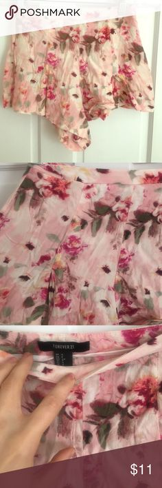 Forever 21 floral shorts Worn once these are super cute! Floral design flowy style Forever 21 Shorts