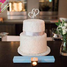 Vanilla Cake, Desserts, Wedding, Food, Mariage, Deserts, Dessert, Weddings, Meals