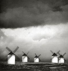 Michael Kenna, Quixotes Giants, 1998