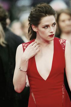 Kristen in Cannes.. At Rob's Cosmopolis premiere ;) 2012
