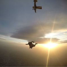 #sunset #clouds #freefollowers #skydive #tandem