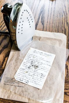 How to preserve handwritten recipes and letters for framing gifts How to Preserve and Frame Handwritten Recipes and Letters - Bless'er House Diy Projects To Try, Crafts To Make, Fun Crafts, Craft Projects, Arts And Crafts, Wax Paper Crafts, Craft Gifts, Diy Gifts, Framed Recipes
