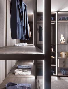 PALO ALTO Armario vestidor en madera y vidrio by MisuraEmme     /     Idea iluminación!!!!!