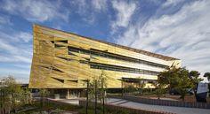 JCY Architects impresses with a golden student service centre - News - Frameweb