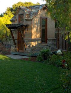10 Cool Garden Potting Sheds | Shelterness
