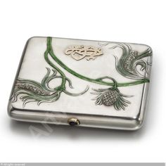 FABERGÉ Karl (Carl), 1846-1920 (Russia) Title : CIGARETTE CASE Date : ca 1900   Category : Silver Medium : : Silver, enamel and diamond