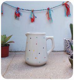 Jarra de ceramica, $230 en https://ofeliafeliz.com.ar