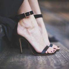 Sandália de tornozeleira - Must-have do verão