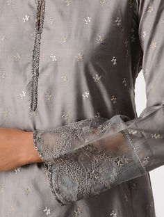 Grey Silk Kurta with Embroidery Indian Fashion Trends, Indian Designer Outfits, Designer Dresses, Embroidery Suits Punjabi, Kurti Embroidery Design, Kurta Designs, Saree Blouse Designs, New Dress Design Indian, Party Wear Dresses