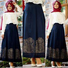 Blue skirt Source by Muslim Women Fashion, Arab Fashion, Islamic Fashion, Long Skirt Fashion, Modest Fashion, Simple Dresses, Modest Dresses, Indian Designer Outfits, Designer Dresses